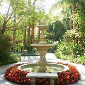 grandtraditions_fountain_surefire_red.jpg