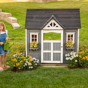 perennial_garden_playhouse_384.jpg