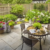 small_patio_a_2017_097.jpg