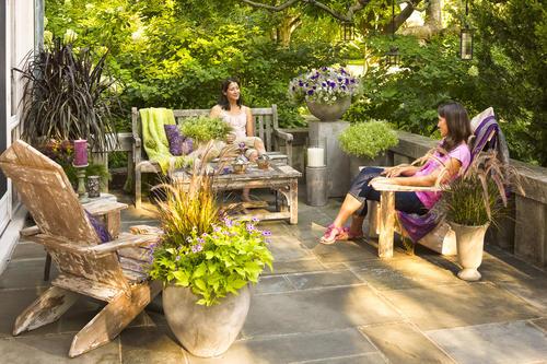 front_patio_pw_scene_018.jpg