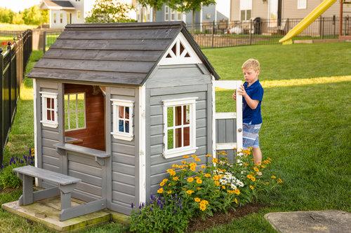 perennial_garden_playhouse_175.jpg